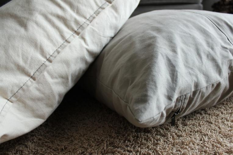 floor_cushions_1
